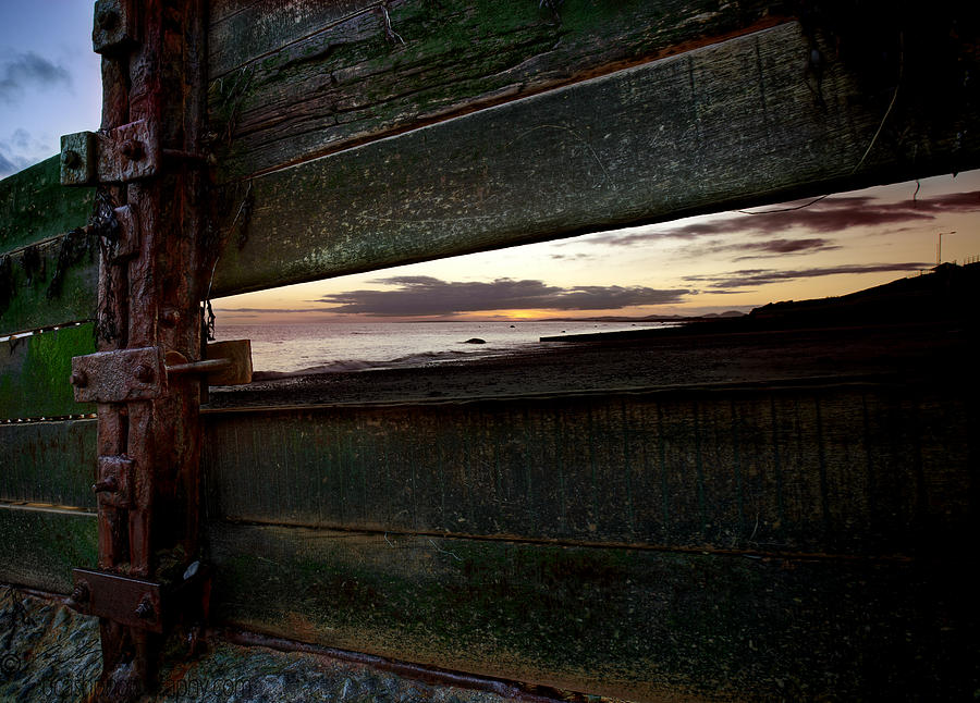 Sunset Photograph - Sunset Throough The Fence by Beverly Cash
