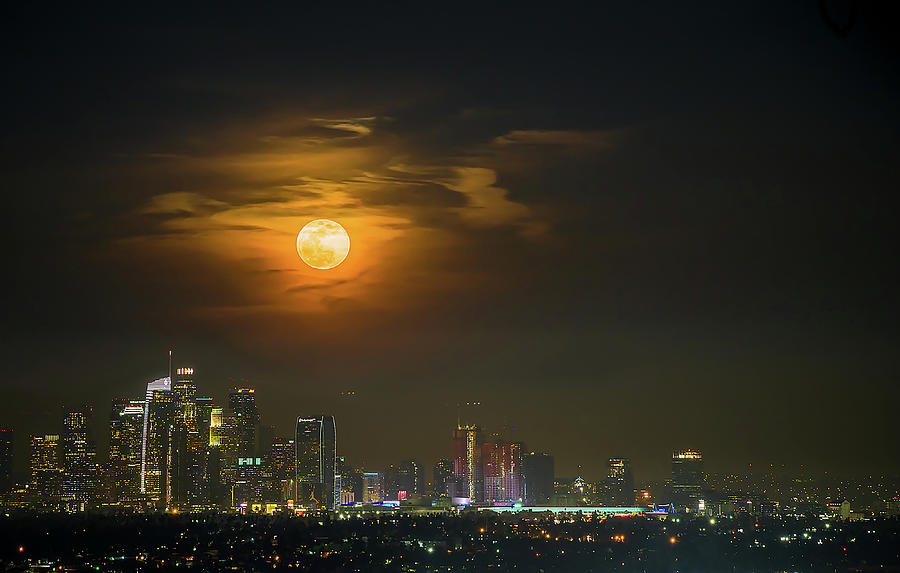 Moon Photograph - Super Blue Bloody Moon by Eunice Kim