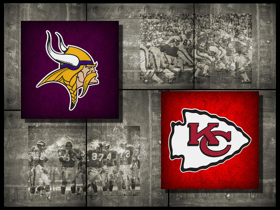 Vikings Photograph - Super Bowl 4 by Joe Hamilton