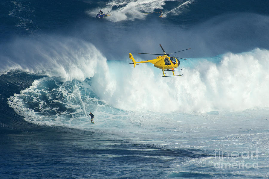 Helicopter Photograph - Surfing Jaws 6 by Bob Christopher