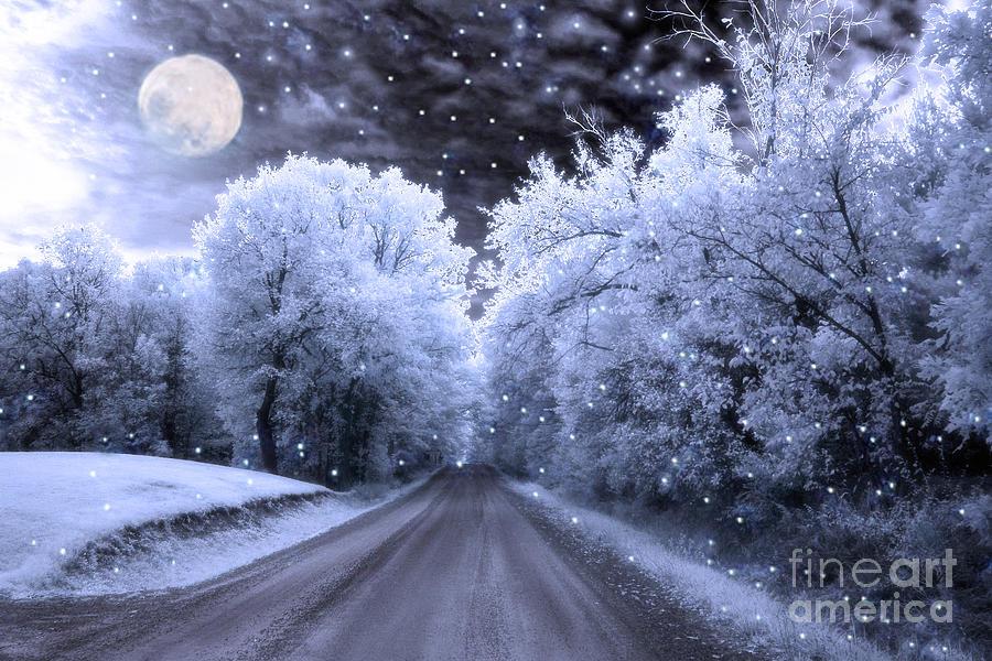 Hình Phong Cảnh Mùa Đông Surreal-fantasy-fairytale-blue-moon-stars-nature-kathy-fornal