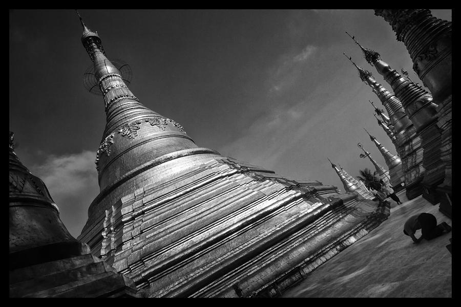 Buddhism Photograph - Swedagon Scene by David Longstreath
