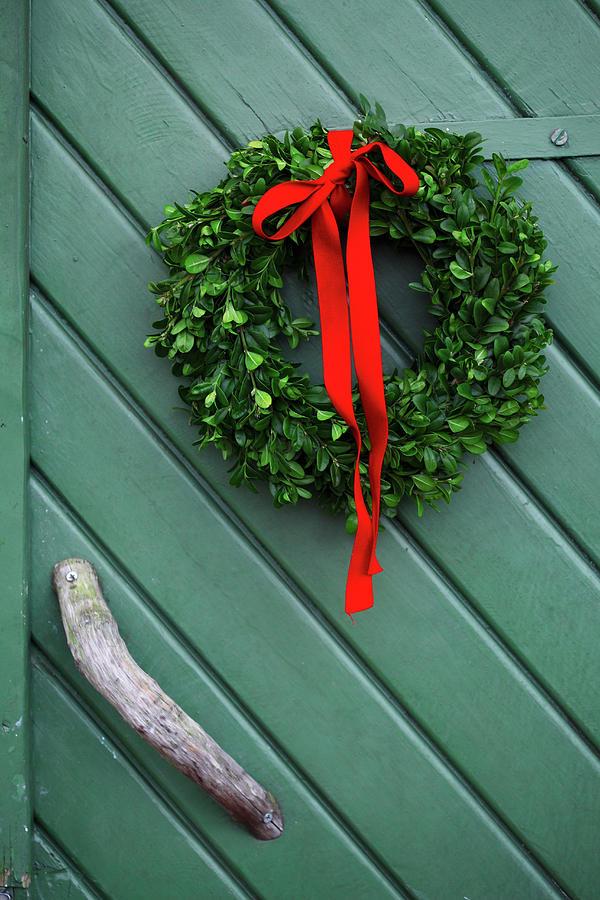 Sweden, Vastergotland, Christmas Wreath Photograph by Mattias Nilsson/folio Images