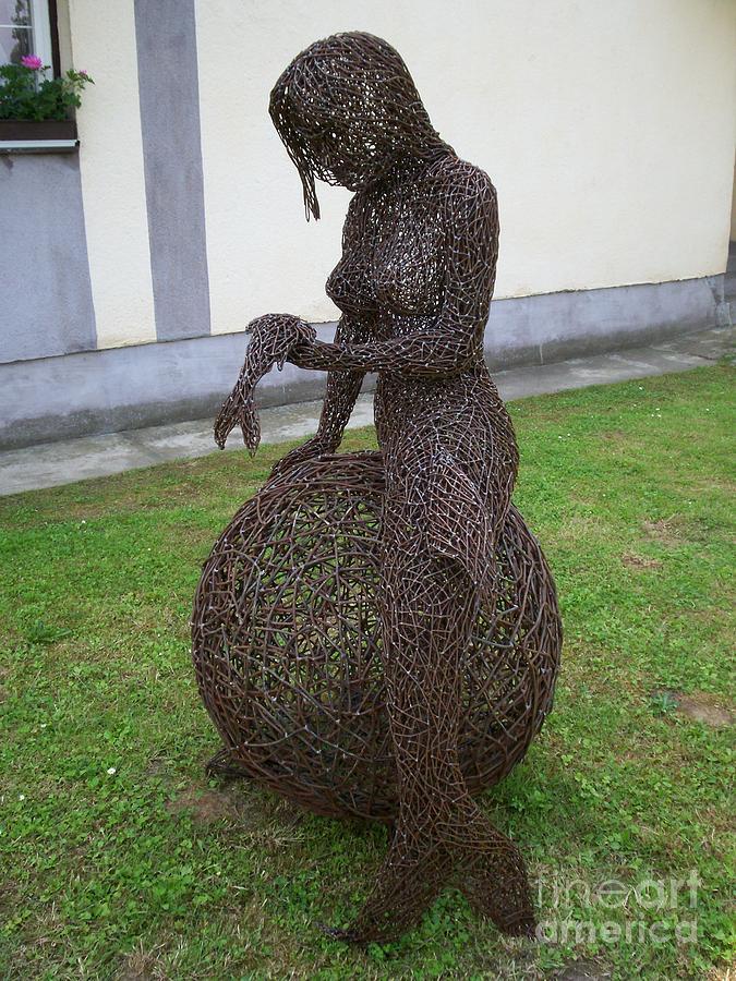Sculpture Sculpture - Syren Wire Sculpture by Laszlo Komaromi
