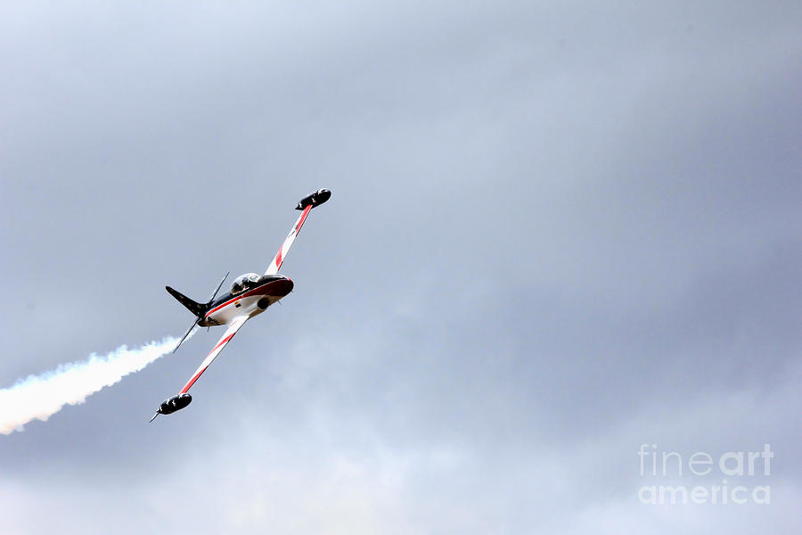 T33 Photograph - T33 Shooting Star by Ules Barnwell
