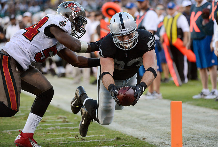 Tampa Bay Buccaneers V Oakland Raiders Photograph by Thearon W. Henderson