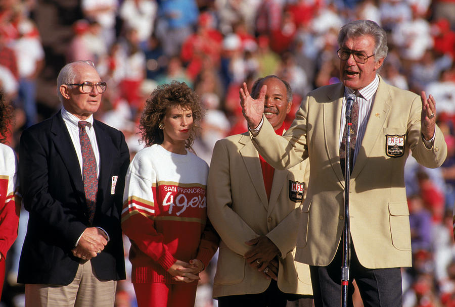 Tampa Bay Buccaneers v the San Francisco 49ers Photograph by George Rose