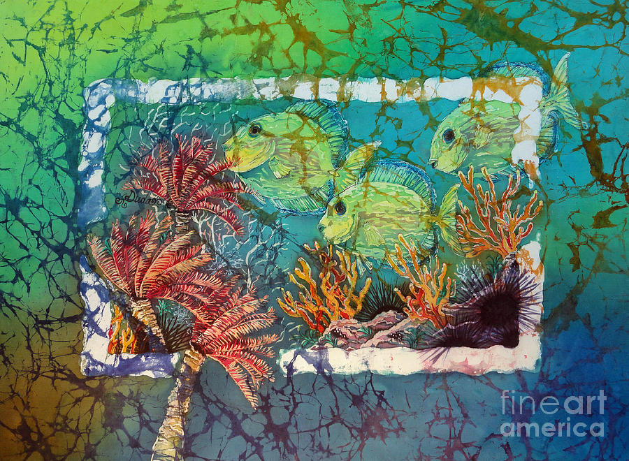 Fish Painting - Tangs Trio by Sue Duda