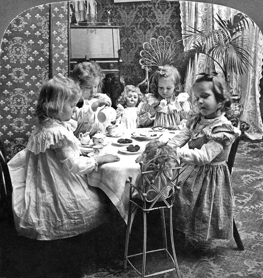 1902 Photograph - Tea Party, C1902 by Granger