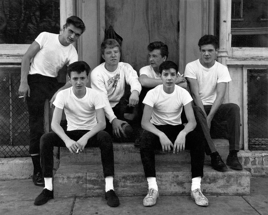 1950's Photograph - Teenage Boys On A Step by Underwood Archives