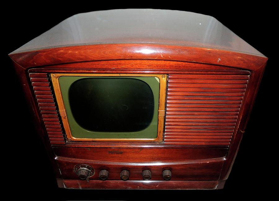 Television Photograph - Television Manufactured By Philco by Universal History Archive/uig