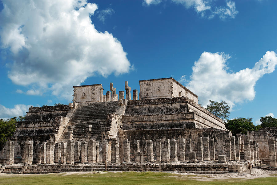 Chichen Itza Photograph - Temple Of The Warriors by Jo Ann Snover