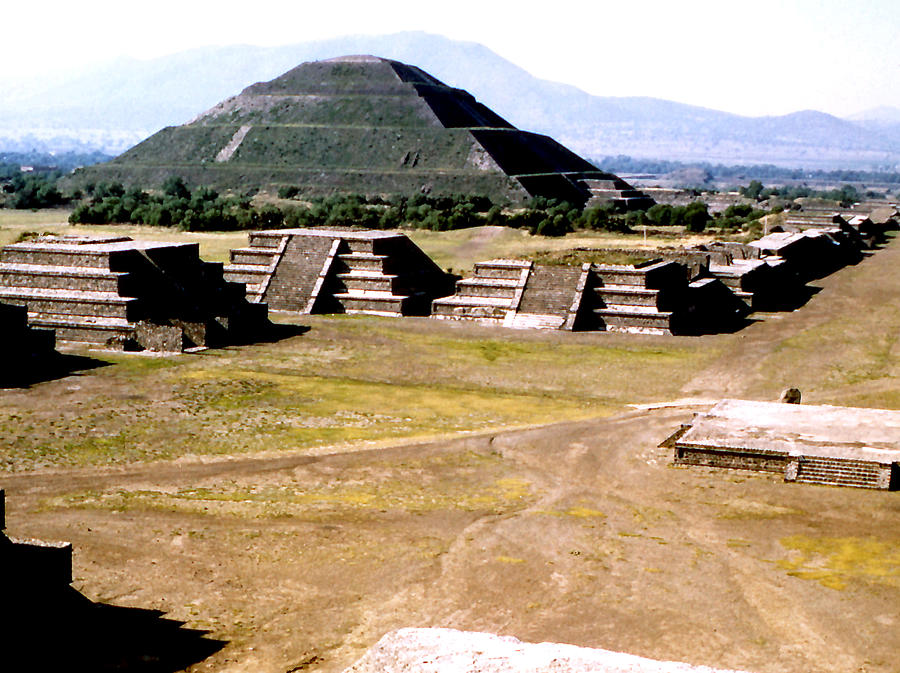 Teotihuacan - Pyramid of the Sun Photograph by Robert  Rodvik