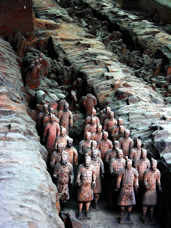 Terra Cotta Army Photograph - Terra Cotta Army Xiang China by Jacqueline M Lewis