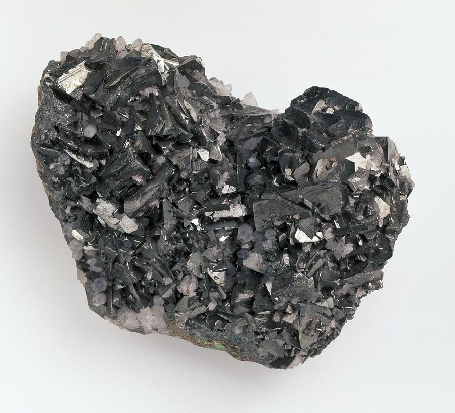 Close-up Photograph - Tetrahedrite And Quartz Crystals by Dorling Kindersley/uig