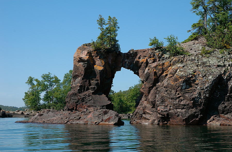 Kayaking Lake Superior Photograph - Tettegouche Arch By Kayak by Sandra Updyke