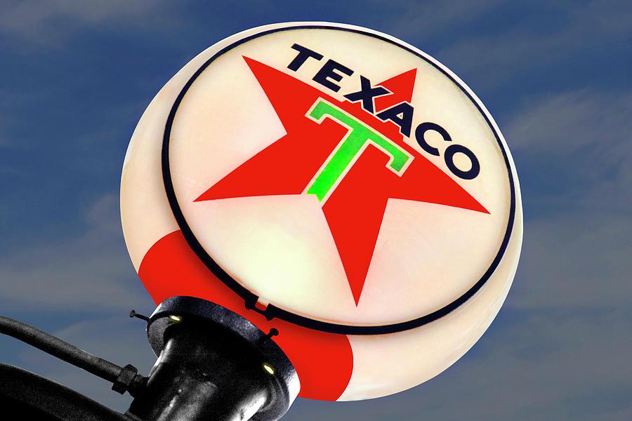 Globe Photograph - Texaco Star Globe by Mike McGlothlen