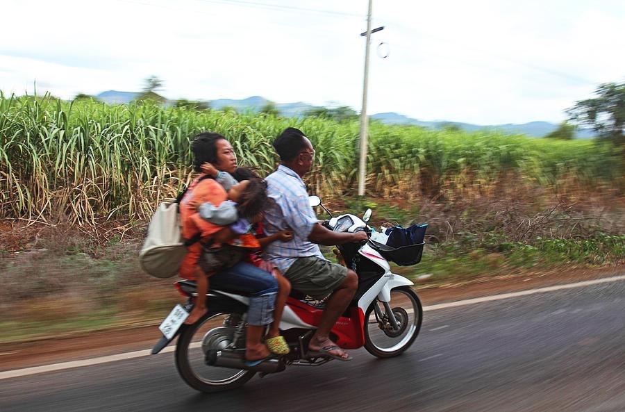 Thailand Photograph - Thailand Transportation - 01131 by DC Photographer