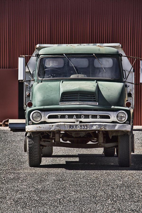 Alice Springs Photograph - Thames Trader Vintage Truck by Douglas Barnard