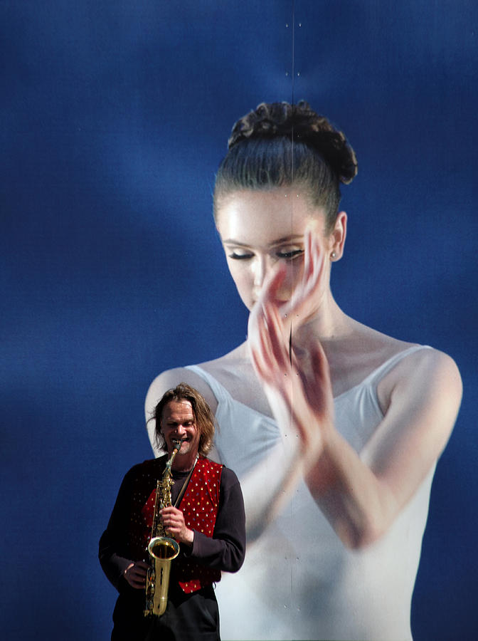 Ballet Photograph - Thank You For The Music by Kent Mathiesen