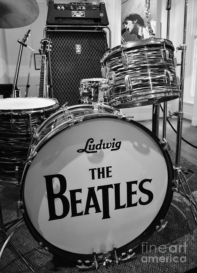 The Beatles Photograph - The Beat Goes On by Mel Steinhauer