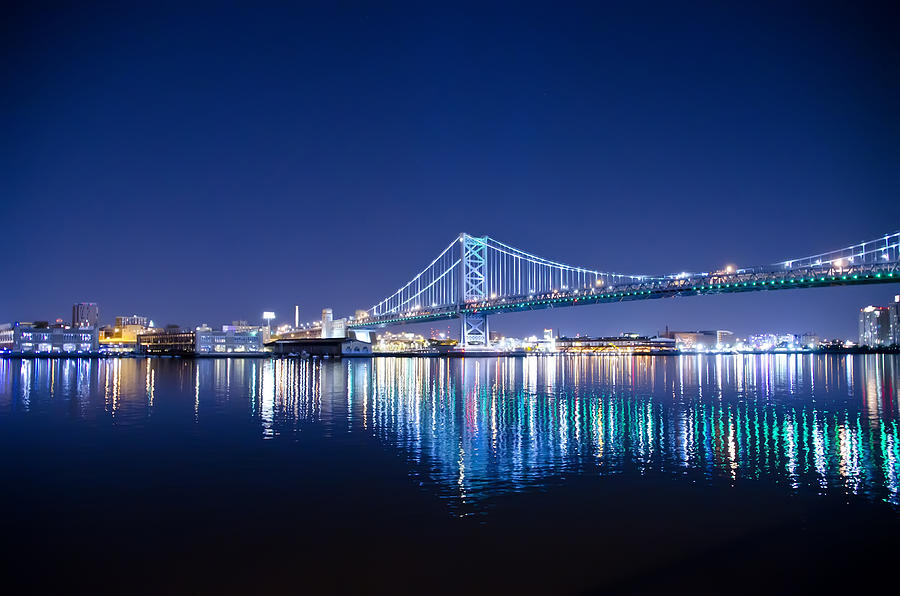 Benjamin Photograph - The Benjamin Franklin Bridge At Night by Bill Cannon