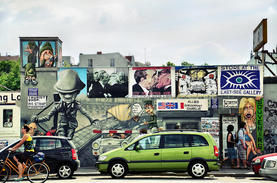 Berlin Photograph - The Berlin Wall - Berliner Mauer by Gynt