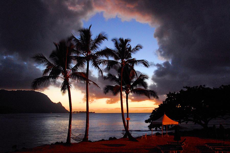 Kauai Photograph - The Center Of The Storm by Lynn Bauer