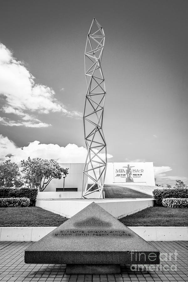 America Photograph - The Challenger Memorial 2 - Bayfront Park - Miami - Black And White by Ian Monk