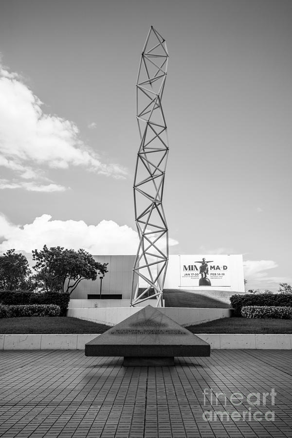 America Photograph - The Challenger Memorial - Bayfront Park - Miami - Black And White by Ian Monk