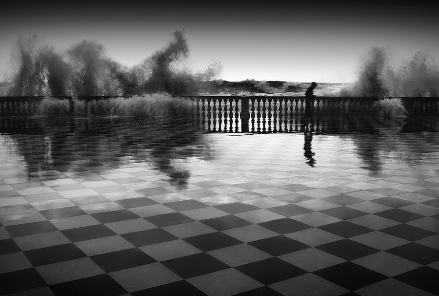 Waves Photograph - The Chessplayer by Paolo Lazzarotti