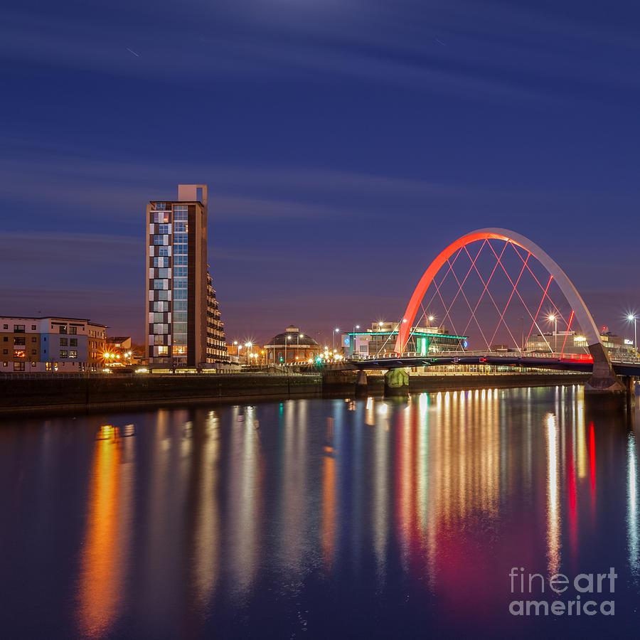 Glasgow At Night Photograph - The Clyde Arc  by John Farnan