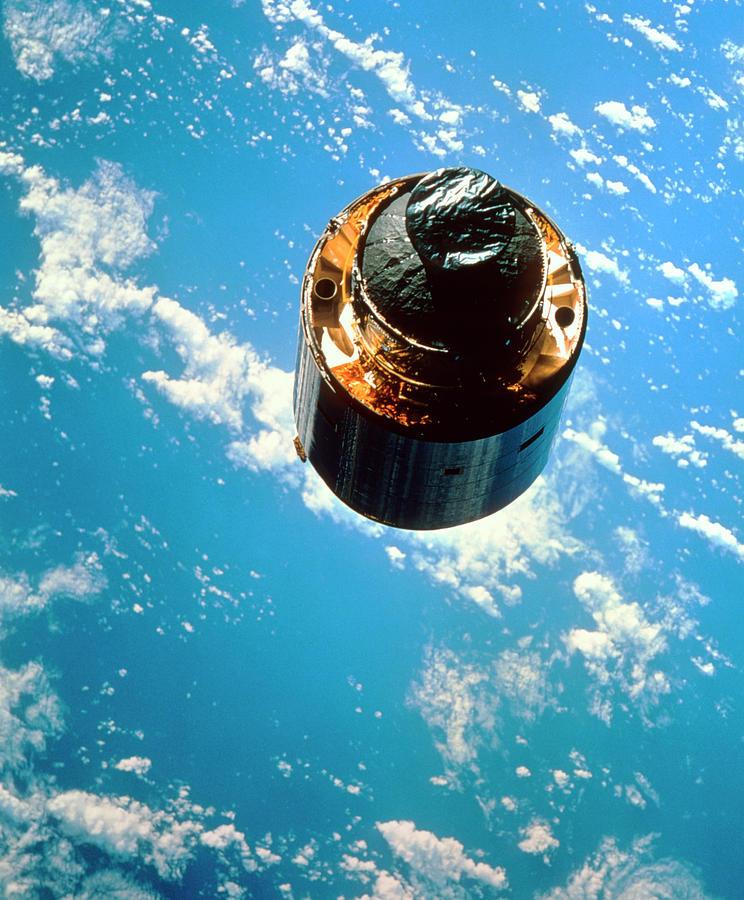 The Communications Satellite Intelsat Vi (f3)