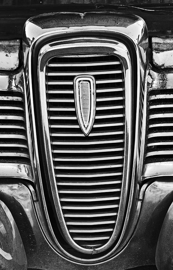 Ford Edsel Photograph - The Edsel Grill by Paul Mashburn