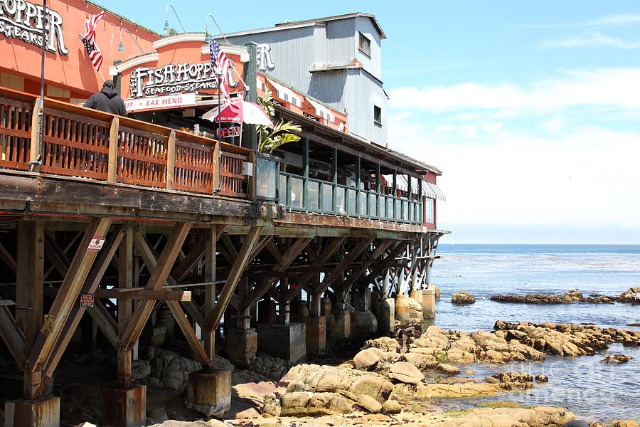 The Fish Hopper Restaurant And Monterey Bay On Monterey Cannery Row California 5d25047