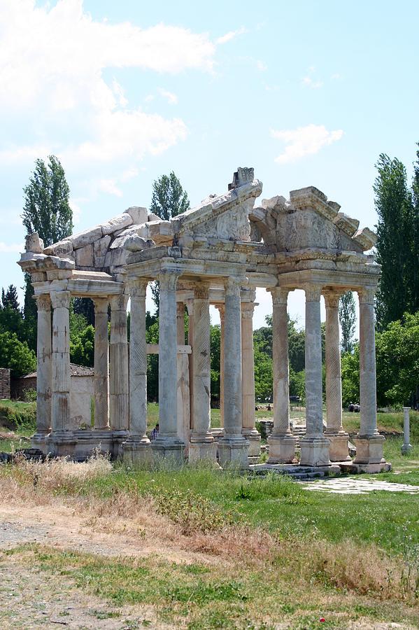 Aphrodisias Photograph - The Four Roman Columns Of The Ceremonial Gateway  by Tracey Harrington-Simpson
