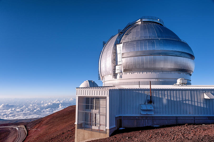 Buildings Photograph - The Gemini Observatory by Jim Thompson