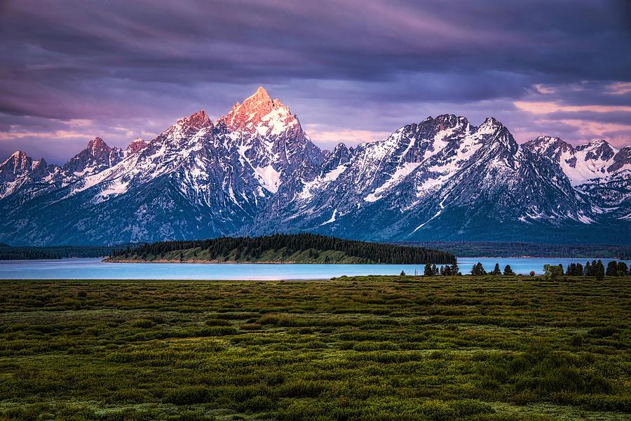 The Grand Tetons mountain range in Wyoming, USA. Photograph by Stephen Flournoy