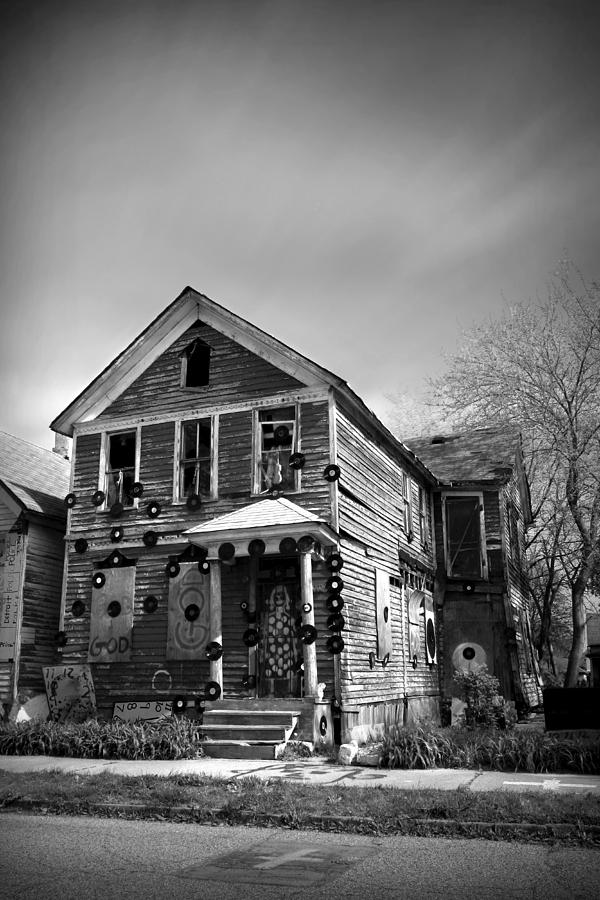 The Photograph - The House Of Soul At The Heidelberg Project - Detroit Michigan - Bw by Gordon Dean II