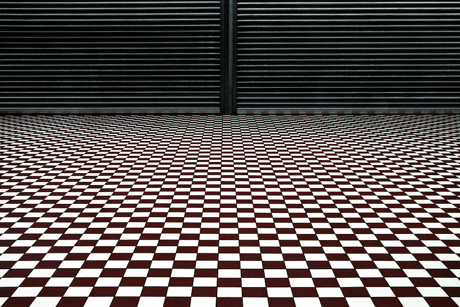 Floor Photograph - The Hypnotic Floor by Gilbert Claes