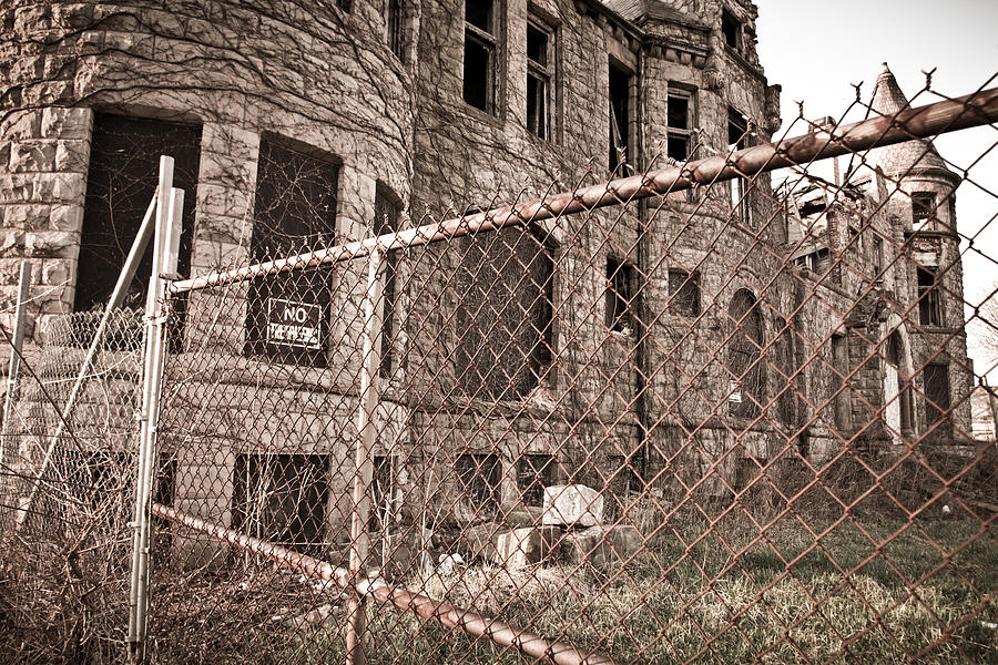 Detroit Photograph - The James Scott Mansion by Priya Ghose