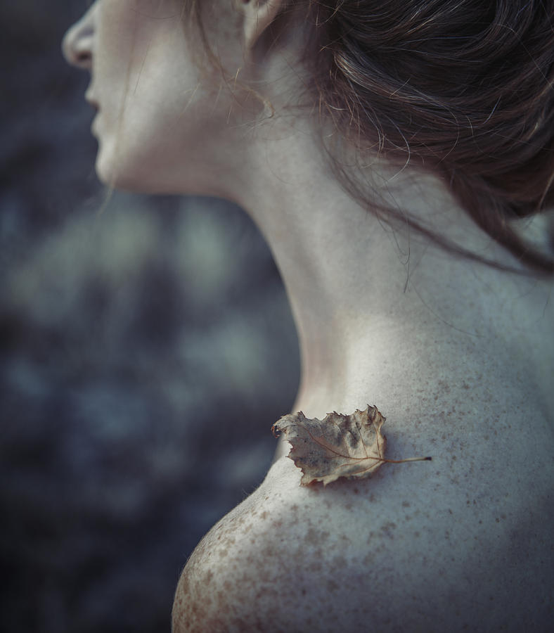 Woman Photograph - The Leaf by Magdalena Russocka