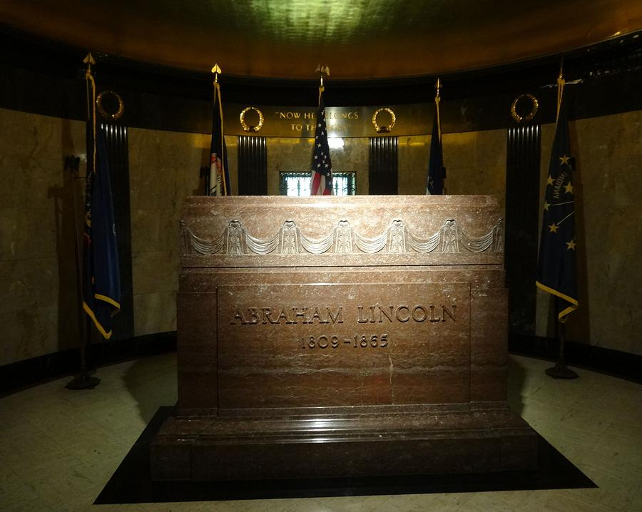 The Lincoln Tomb Photograph