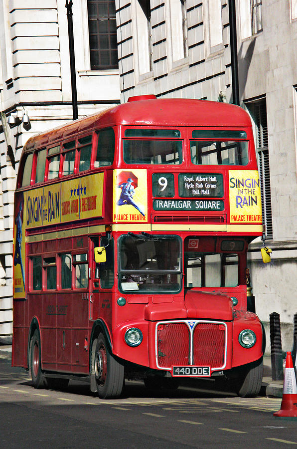 London Photograph - Vintage London Bus by Tom Conway