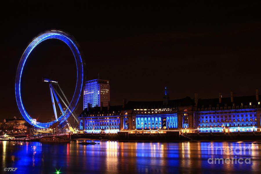 London Photograph - The London Eye  by Size X