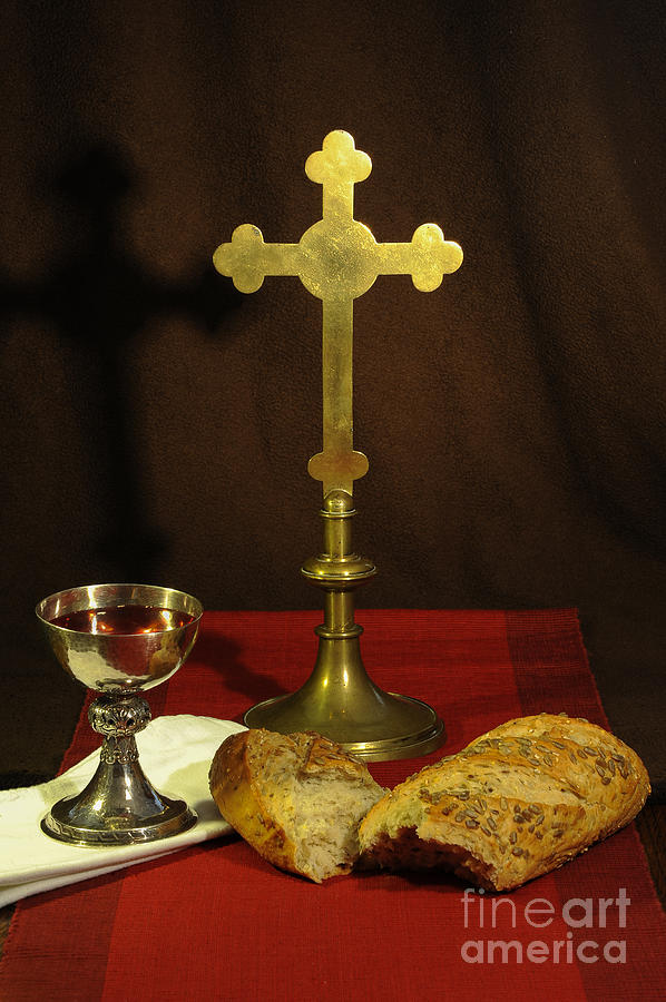 Chalice Photograph - The Lords Supper by Donald Davis