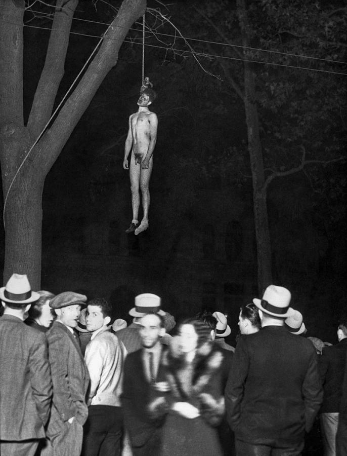 The Lynching Of A Murderer Photograph By Underwood Archives
