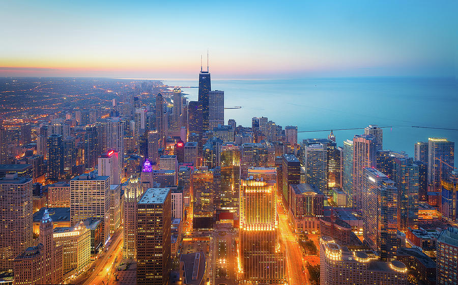 Chicago Photograph - The Magnificent Mile by Michael Zheng