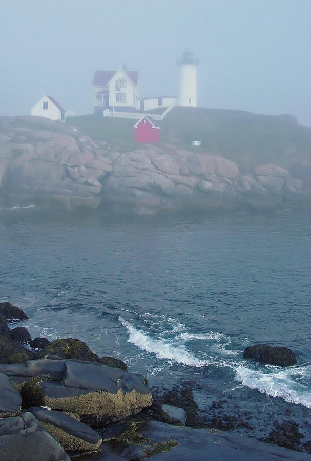 Nubble Lighthouse Photograph - The Nubble Lighthouse At York Maine by Suzanne Gaff