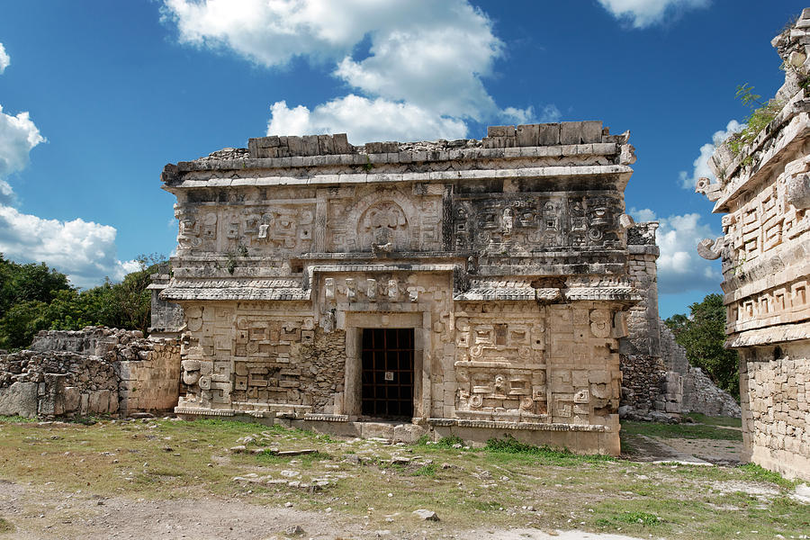 Chichen Itza Photograph - The Nunnery by Jo Ann Snover
